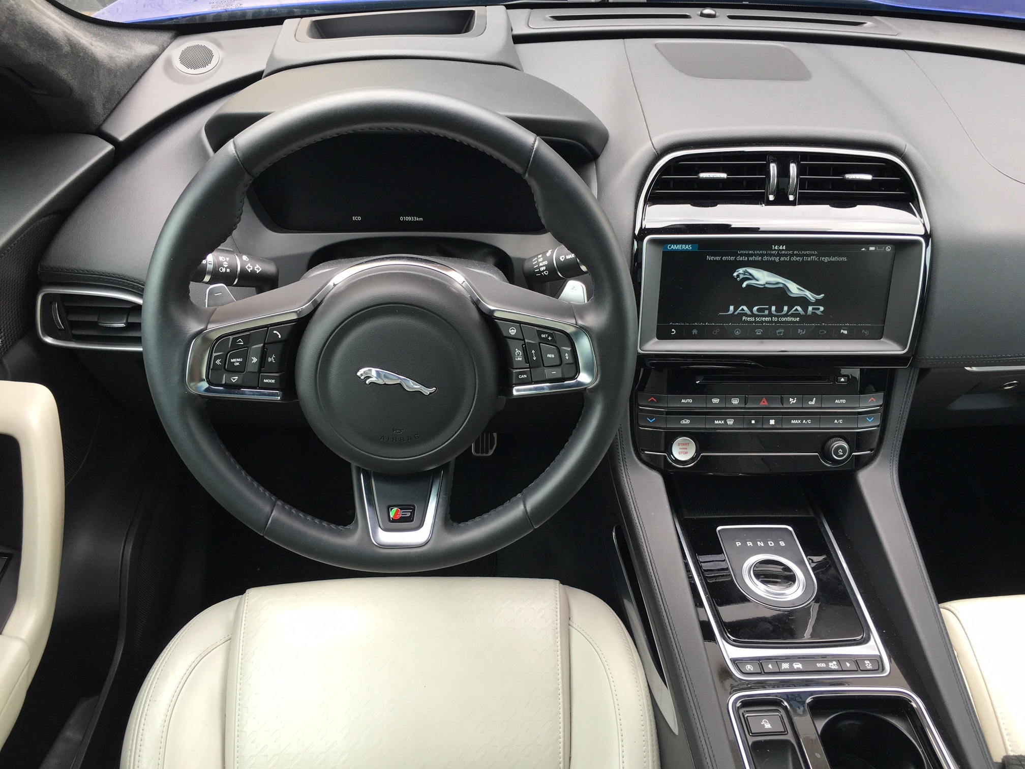 First Team Toyota >> 2016-jaguar-f-pace-interior   Canadian Car Reviews   Driving Television