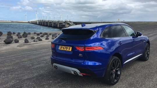 2016-jaguar-f-pace-rear