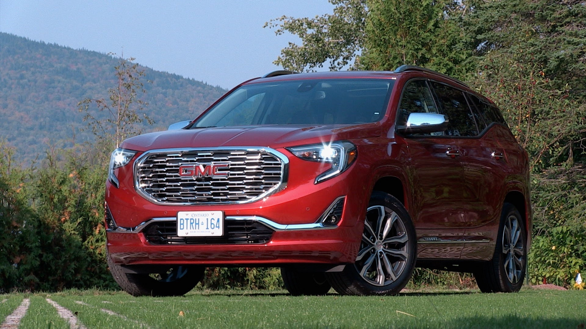 2018 gmc terrain canadian car reviews driving television. Black Bedroom Furniture Sets. Home Design Ideas